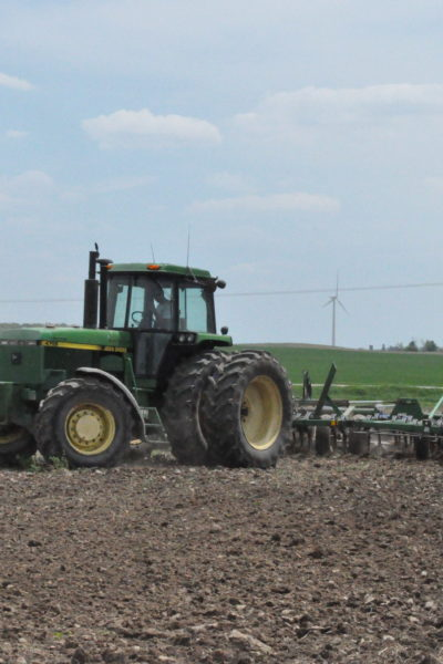 Spring is Here & Tractors are Out: Planting 2014