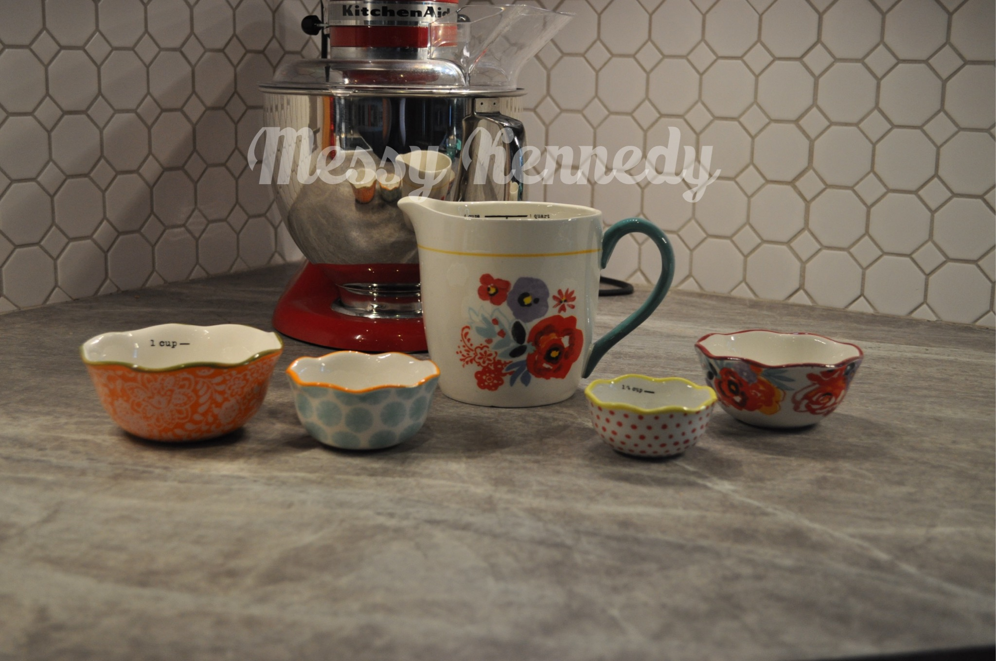 the pioneer woman kitchen collection review messy kennedy